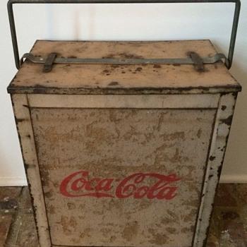Coca-Cola Tan Cooler Metal Frame Cork sides