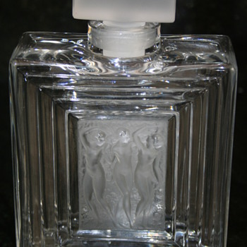 RLalique Perfume bottle - Art Glass