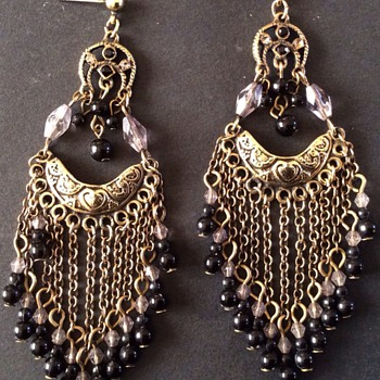 Art Deco earrings - Costume Jewelry