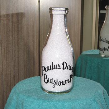 Paulus Dairy. Butztown / Bethlehem Pa. - Bottles
