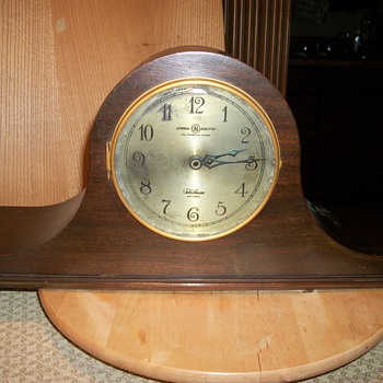 G E  Telechron Clock - Clocks