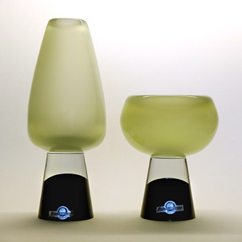 Gunnar Nylund vase and bowl on heel base - Strömbergshyttan mid 1950s. - Art Glass