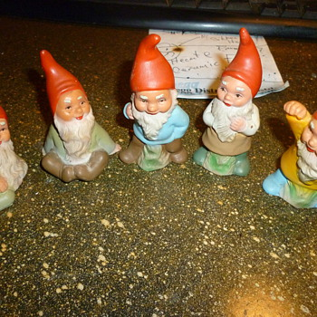 West German Heissner gnomes
