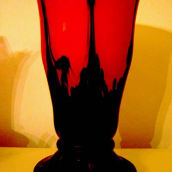 1930's Art Deco Bohemian Czechoslovakia Red Shimmy Tango Satin Glass Vase by Rückl  - Art Glass