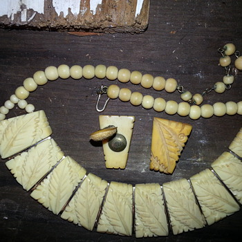 pre world war 2 japanese hand carved necklace with matching clip on earrings - Asian