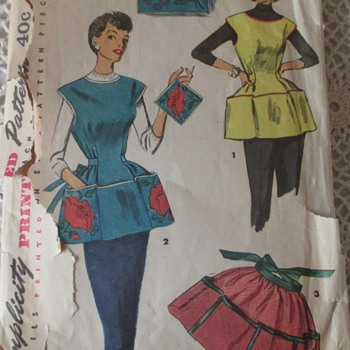 1950's apron with embroidered pot holder.  - Sewing