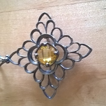 Sterling Brooch Pendant w/ C clasp - yellow stone - Silver