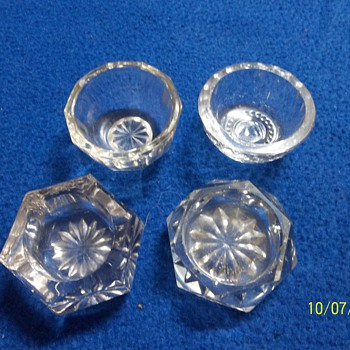 Vintage Salt holders - Glassware