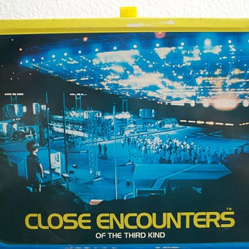 1977-1978 Close encounters of the third kind movie lunch box.
