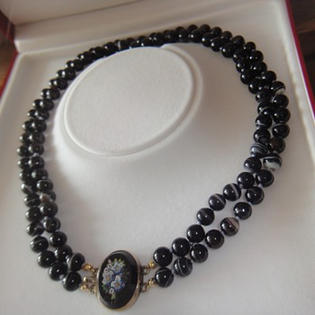 Victorian Knotted Banded Agate bead necklace with Micro Mosaic clasp. - Fine Jewelry
