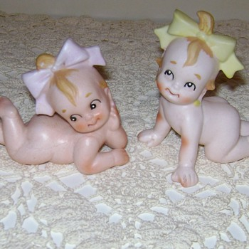Ceramic Baby Figurines - Figurines