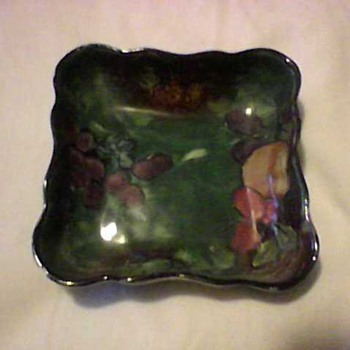 STOKE ON TRENT TRAY - Art Pottery