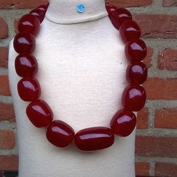 Massive Cherry Red Amber Bakelite Necklace Thrift Shop Find $15.00