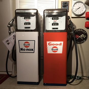 GULF Gas PUMPs Circa 1965 Restored to original