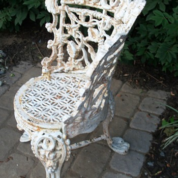 3 legged cast iron chair question - Furniture