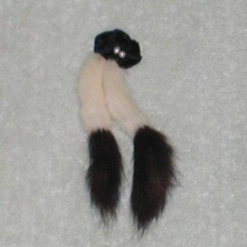 Ladies Fur & Pearls Pin Brooch - Costume Jewelry
