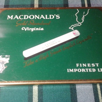 MacDonald Export  tin - Tobacciana