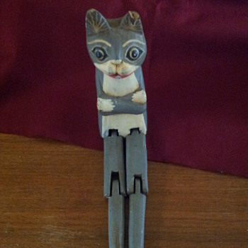 wooden shelf cat with attitude