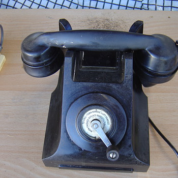 old telephone - Telephones