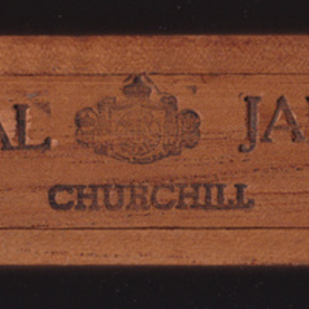 Royal Jamica Churchill cigar box Commemorating the Bicentennial of the US