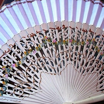 My daughter's wedding fan - Accessories
