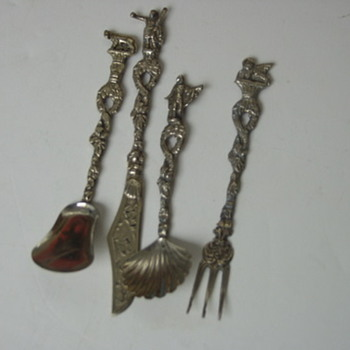 My Favorite Silver Repousse Salt Spoons/Demitasse Silverware w/Finials ITALY - Sterling Silver