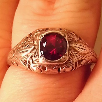 Art Nouveau red gemstone & Sterling ring - Art Nouveau