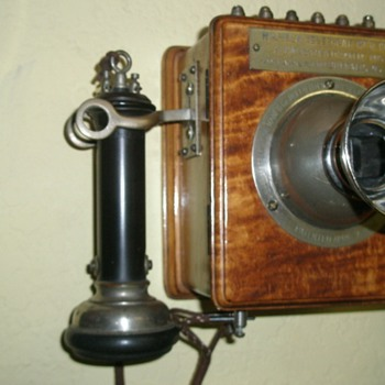 1898 Wilhelm Intercom Telephone - Telephones