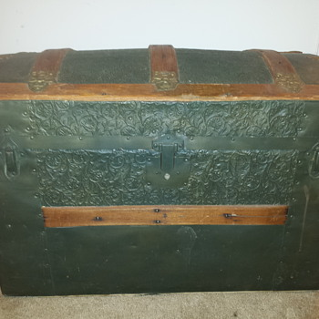 Childs Camel Back Trunk - Furniture