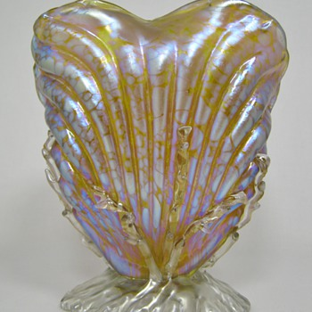 Fabulous Loetz Candia Papillon Upright Sea Shell Vase Prod. Nr. I - 7855 pre 1900