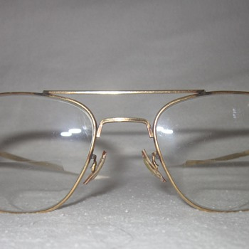 Vintage Welsh Manufacturing Co. 1-10 12K GF Eyeglasses (Pilot?) - Accessories