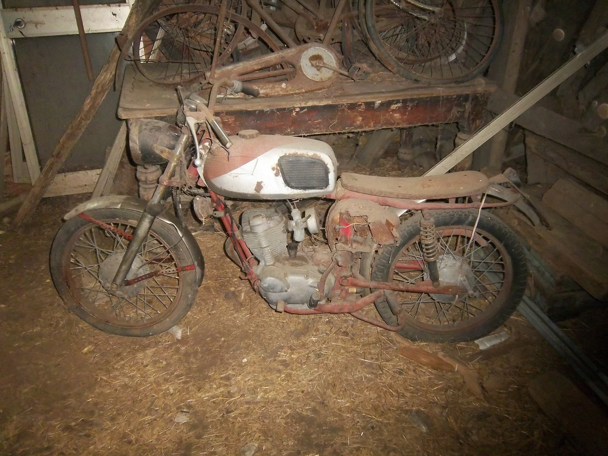 Barn Find Motorcycles Specialist Car And Vehicle