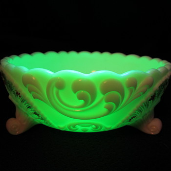 Custard glass, 3 footed bowl, painted with glass?