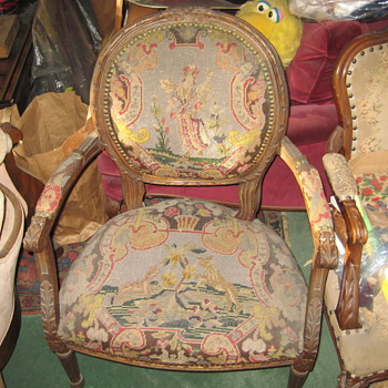 Chair   (old) - Victorian Era