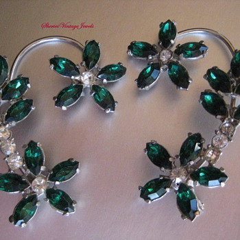 Vintage EarWrap Earrings - Costume Jewelry