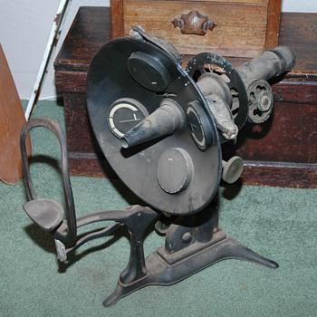 Vintage optical devise