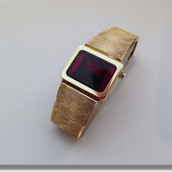 Vintage 1970's LED Digital Wristwatch  - Wristwatches