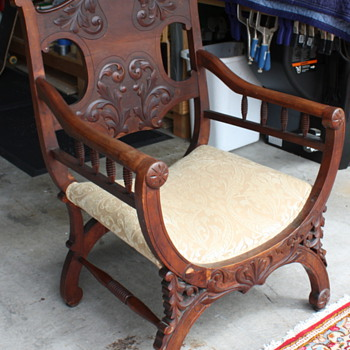 Italian Renaissance chair?
