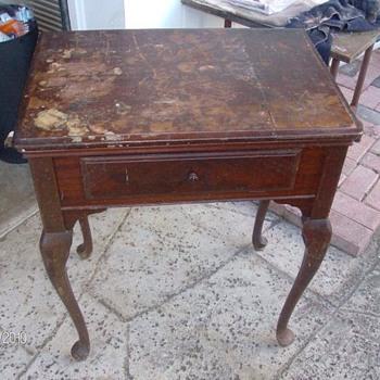 restoring singer sewing machine cabinet