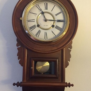 Anyone Tell Me Who Made this Clock?
