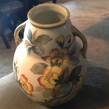 Nippon vase - China and Dinnerware