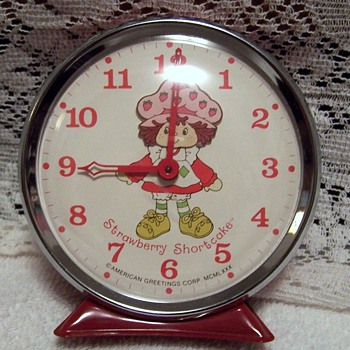 "1980 Strawbery Shortcake ""Nodder"" Alarm Clock - Clocks"