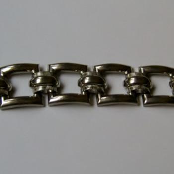 1950's Coro silvertone bracelet