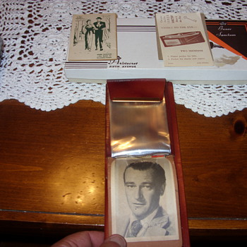 john wayne advertising billfold