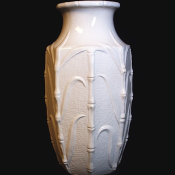 "Enormous Western Germany Vase""White Clay"", Carstens Tönnieshof  1945-1984 - Art Pottery"