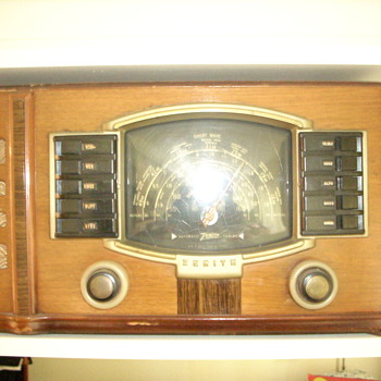 Zenith  Model #7 S 529? Shortwave Radio - Radios