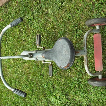 Vintage/Antique tricycle - Outdoor Sports