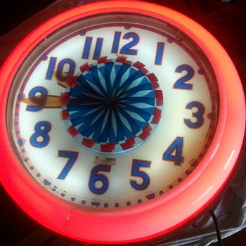 Cleveland Spinner Neon Clock - Clocks