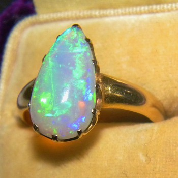 Antique Victorian Black Fire Opal 18ct 750 Rose Gold Ring 16.5mm x 9mm - Fine Jewelry