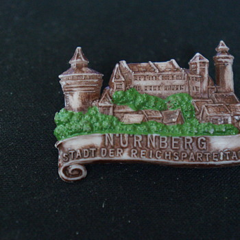 Plastic Nurnberg pin - Medals Pins and Badges